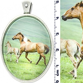Oval Circle Pendant Horse Parent Child Brown Green PD4097